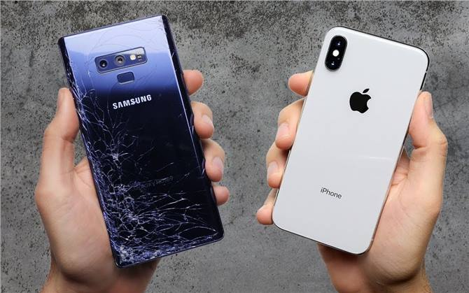 مقارنة بين Galaxy Note 9 و iphone X فى إختبار السقوط