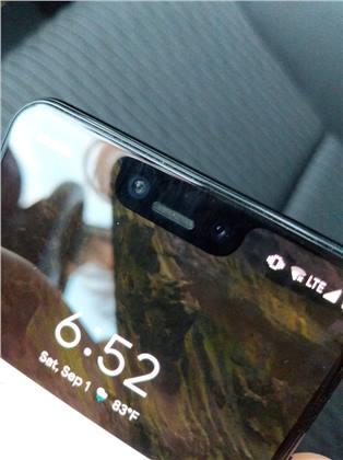 شخص ترك هاتف Pixel 3 XL في المقعد الخلفي لسيارة أجرة