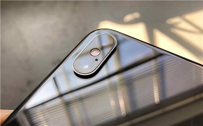 موقع DxOMark يعطي كاميرا هاتف iPhone Xs Max تقييم 105 نقطة لتأتي في المركز الثاني