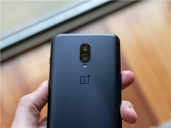 ون بلس: ميزة Nightscape ستصل لهاتف OnePlus 6