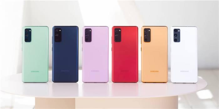 صورة سامسونج تعلن رسمياً عن هاتف Galaxy S20 FE بجسم بلاستيك ورامات 6 جيجا بايت وسعر 700 دولار